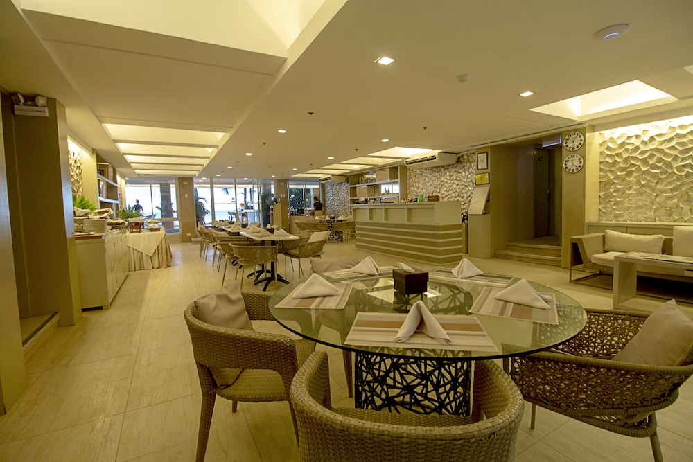 Reception, Estacio Uno Lifestyle Resort