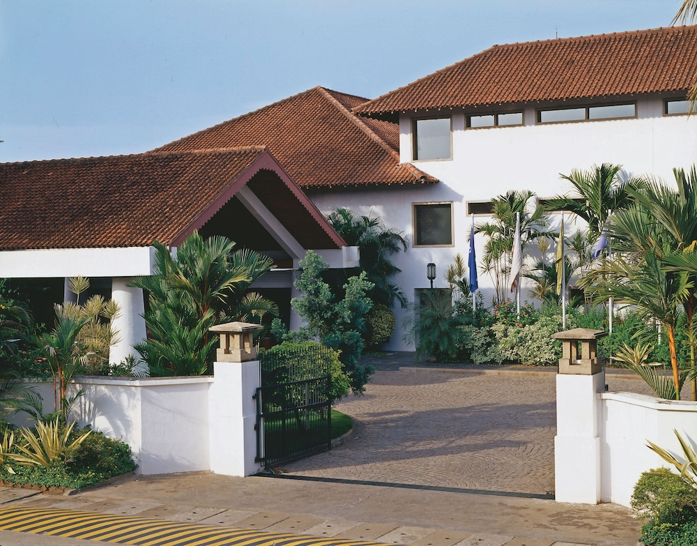 Property Entrance, Trident, Cochin