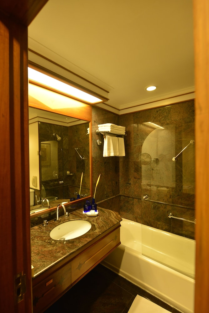 Bathroom, Trident, Cochin