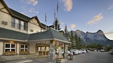 Coast Canmore Hotel & Conference Centre - Canmore Hotels