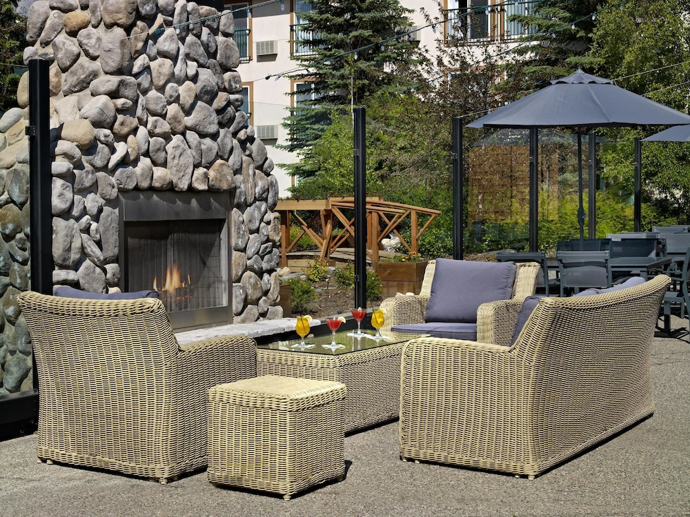 Property Amenity, Coast Canmore Hotel & Conference Centre