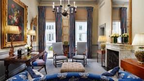 Italiaanse Frette-lakens, luxe beddengoed, een minibar