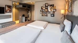 Allergivenligt sengetøj, skrivebord, mørklægningsgardiner