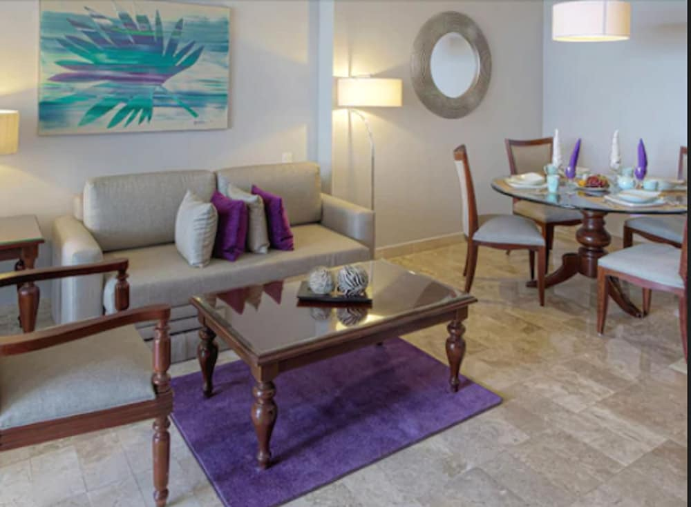 Living Room, Paradisus by Melia Cancun - All Inclusive