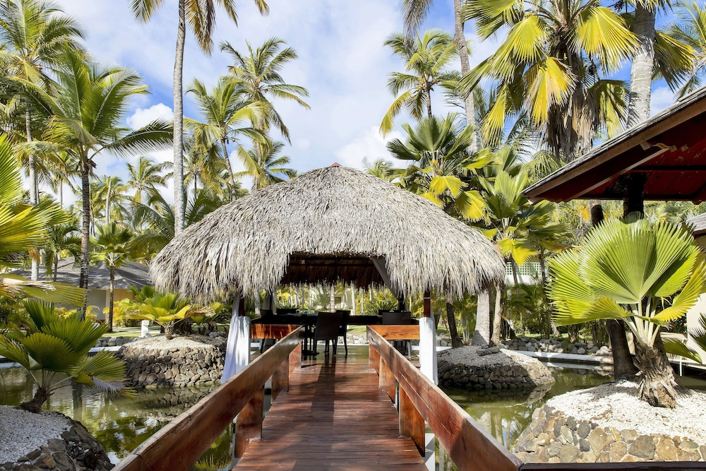 Outdoor Dining, Paradisus Punta Cana Resort All Inclusive