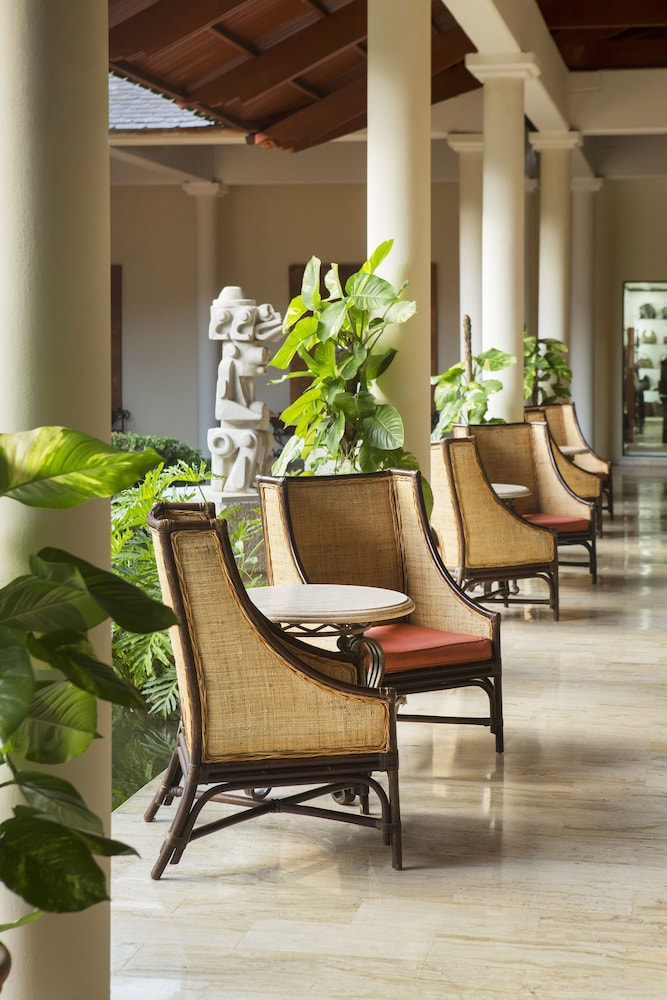 Lobby Sitting Area, Paradisus Punta Cana Resort All Inclusive
