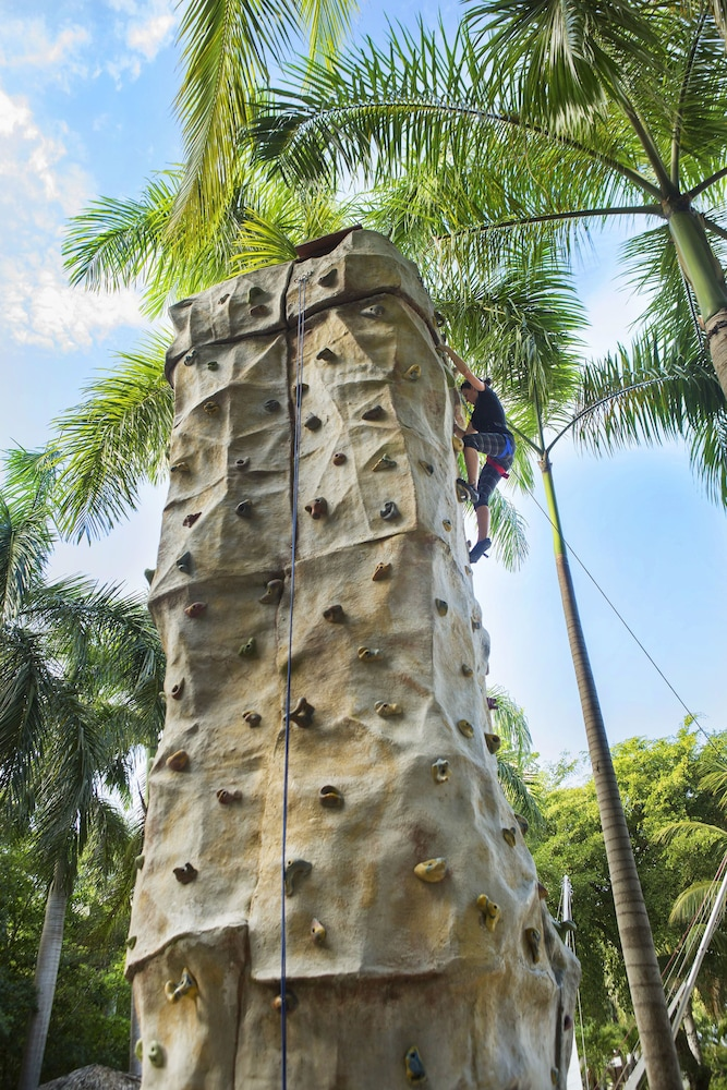 Outdoor Rock Climbing, Paradisus Punta Cana Resort All Inclusive