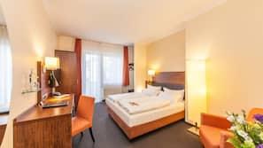 Allergikerbettwaren, Pillowtop-Betten, Zimmersafe, Schreibtisch