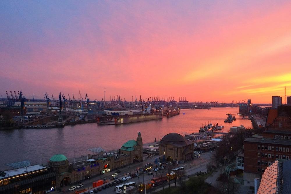 Last Minute Hotel Hamburg Hafen