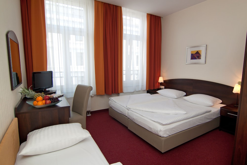 Novum Hotel Eleazar City Center Hamburg Germany Hotwire