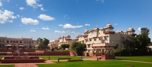 贾玛哈尔皇宫酒店