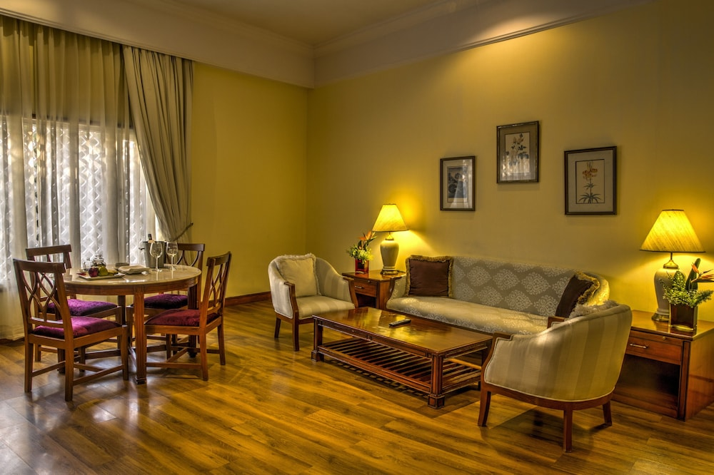 Living Room, The Gateway Hotel Ambad