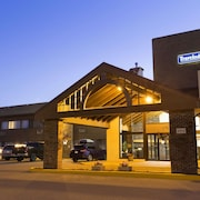 Travelodge by Wyndham Thunder Bay ON