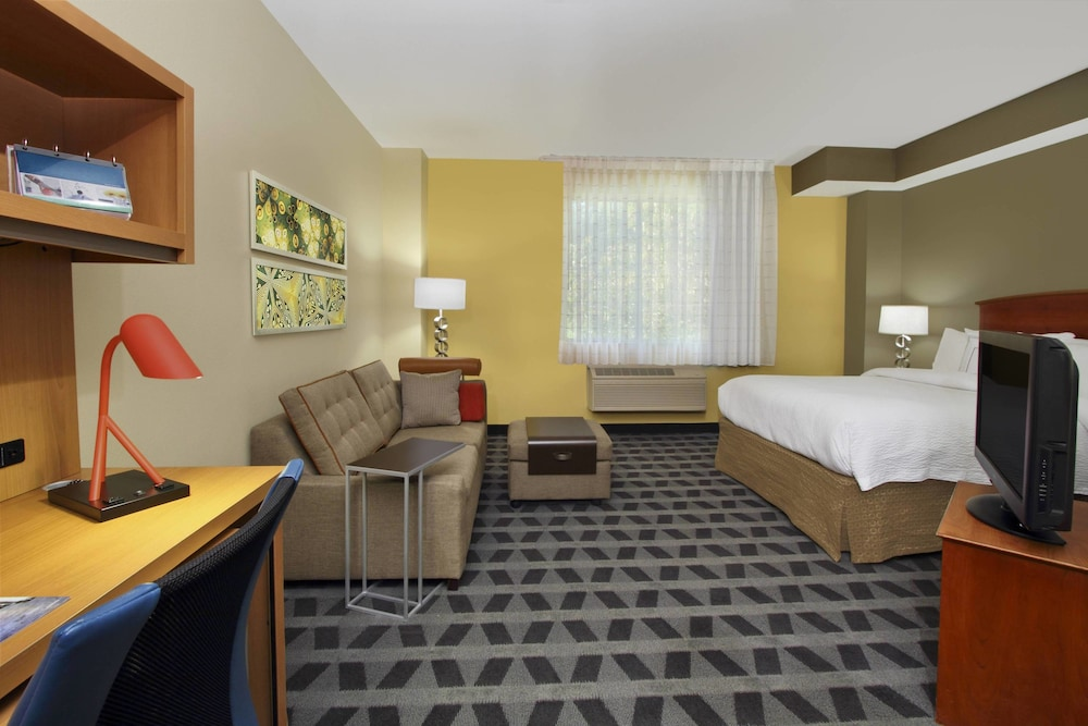 Room, TownePlace Suites by Marriott San Jose Cupertino