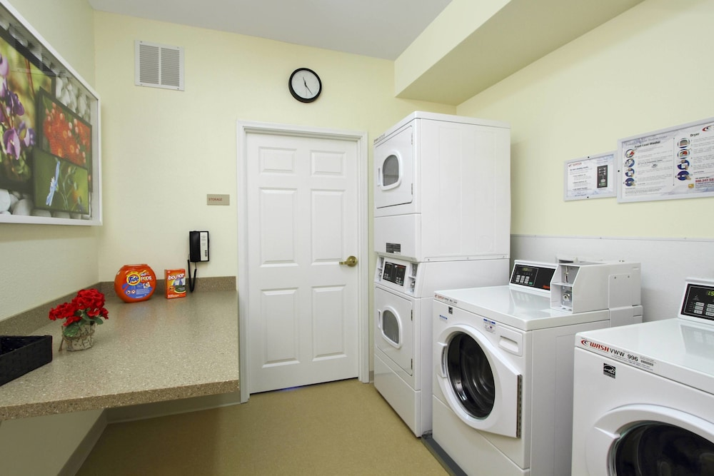 Laundry, TownePlace Suites by Marriott San Jose Cupertino