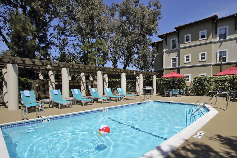 Pool, TownePlace Suites by Marriott San Jose Cupertino