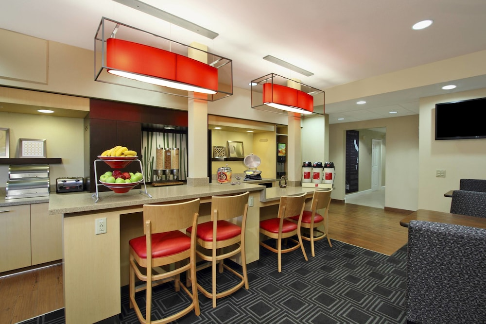 Breakfast Area, TownePlace Suites by Marriott San Jose Cupertino