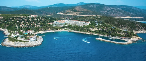 Pine Bay Holiday Resort - All Inclusive