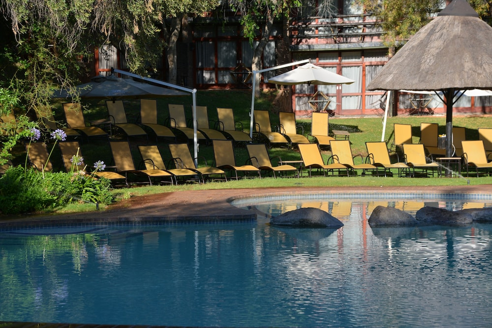 Pool, Bakubung Bush Lodge
