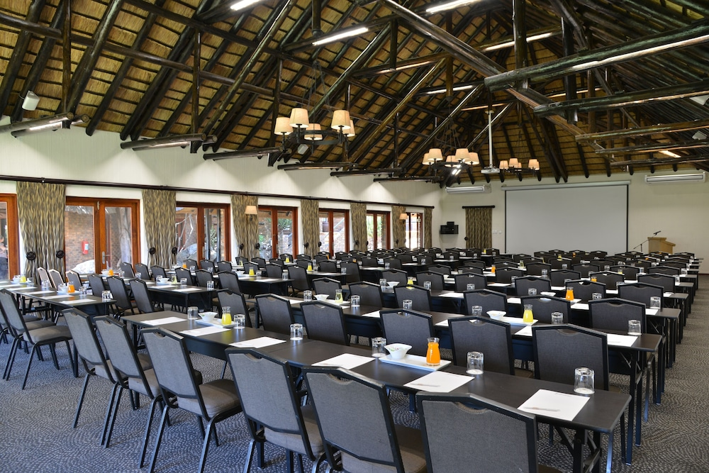 Meeting Facility, Bakubung Bush Lodge