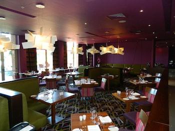 Ashford International Hotel - Reviews, Photos & Rates