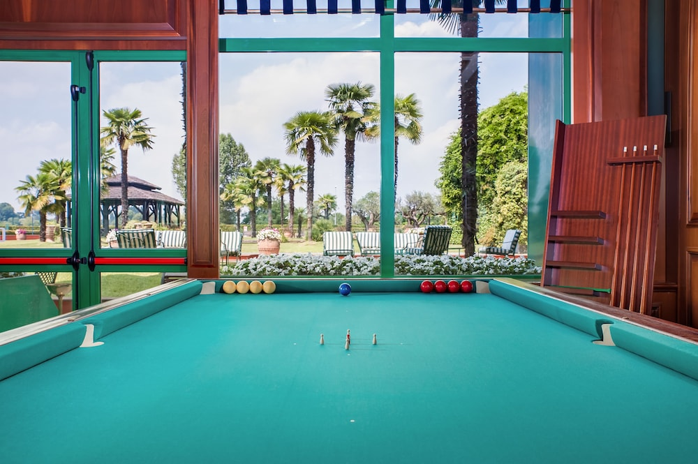 Billiards, Royal Garden Hotel