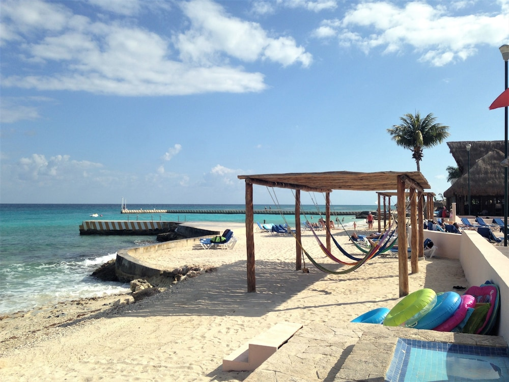 Sundeck, El Cozumeleno Beach Resort All Inclusive