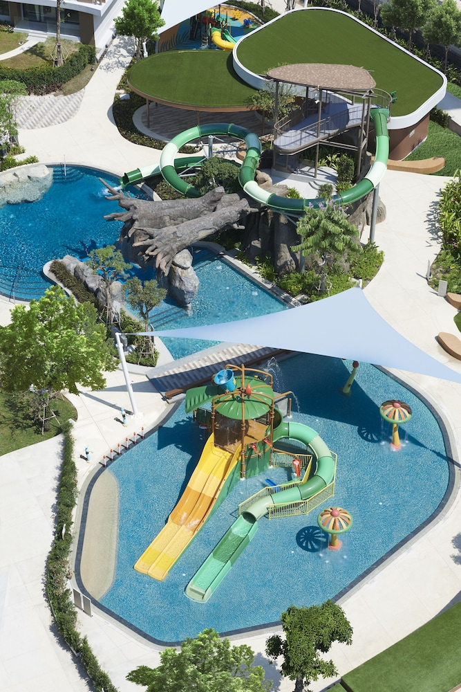 Waterslide, Amari Pattaya