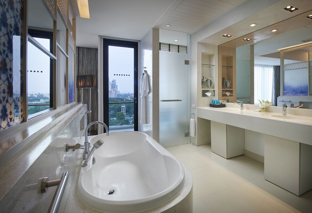 Bathroom, Amari Pattaya