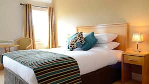Iron/ironing board, free rollaway beds, free WiFi