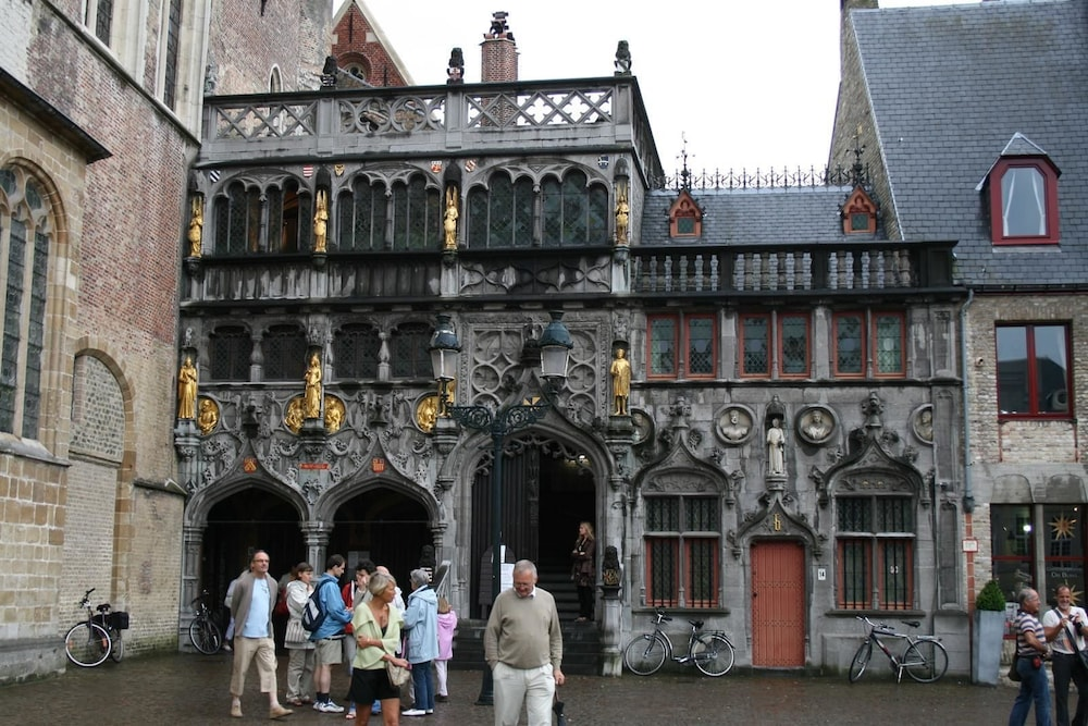 Point of Interest, Martin's Brugge