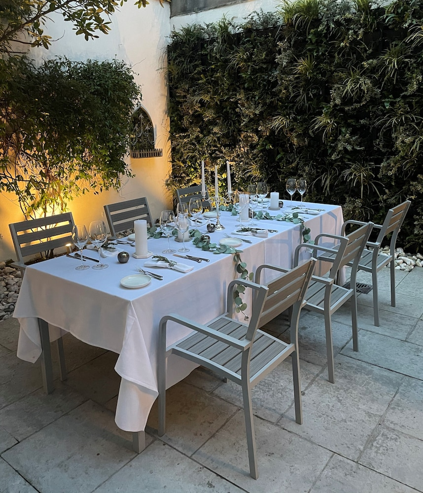 Terrace/Patio, Roseate House London