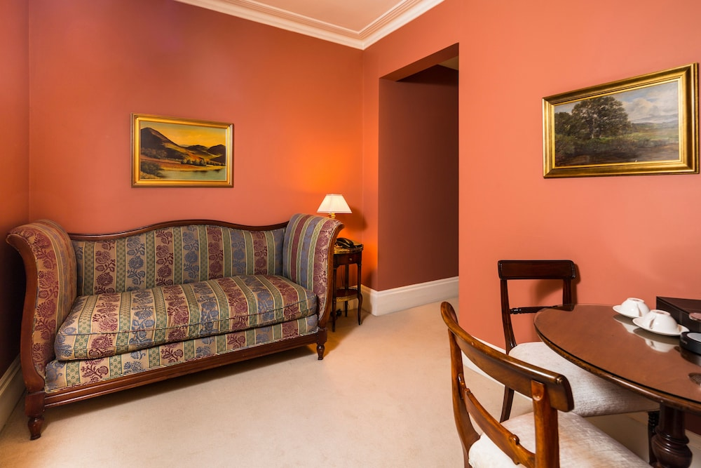 Room, Roseate House London