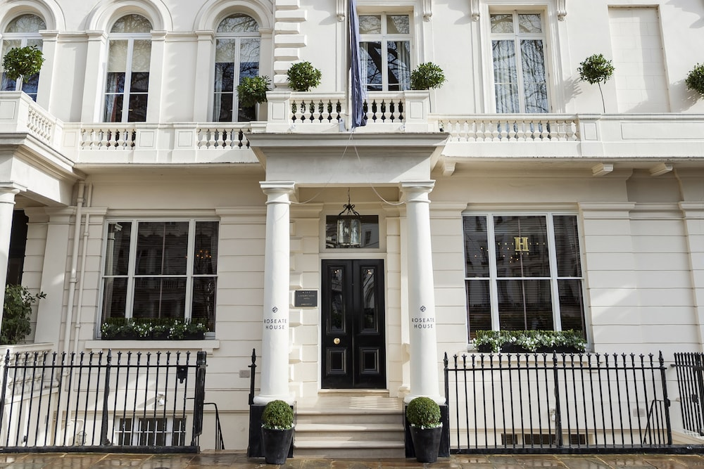 Front of Property, Roseate House London