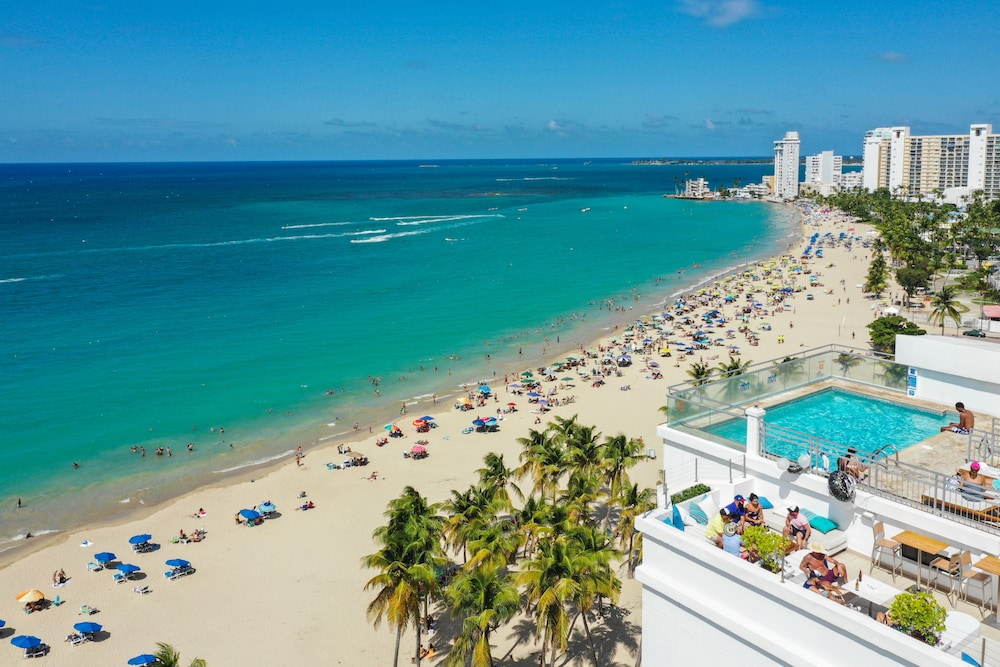 San Juan Water And Beach Club In