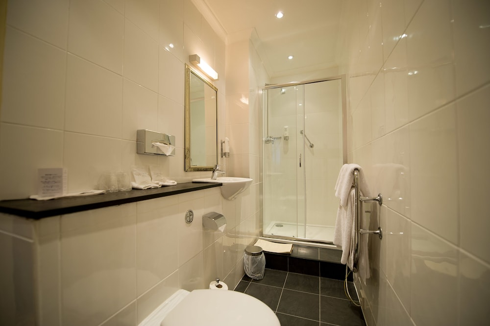 Bathroom, Crown & Mitre Hotel, Sure Hotel Collection by Best Western