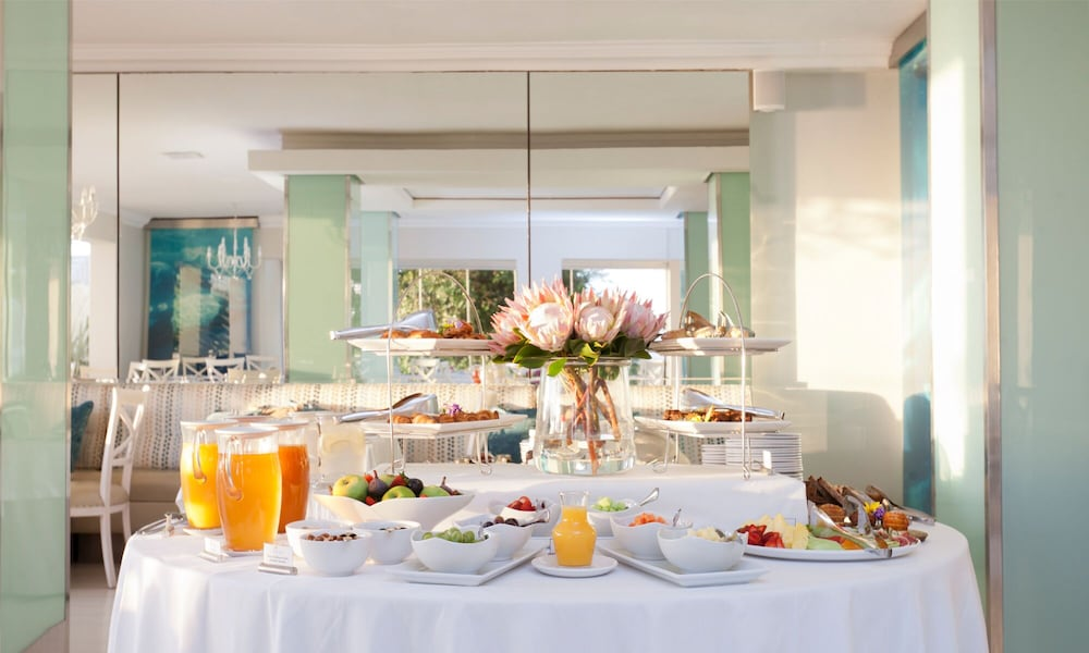 Breakfast buffet, The Plettenberg Hotel