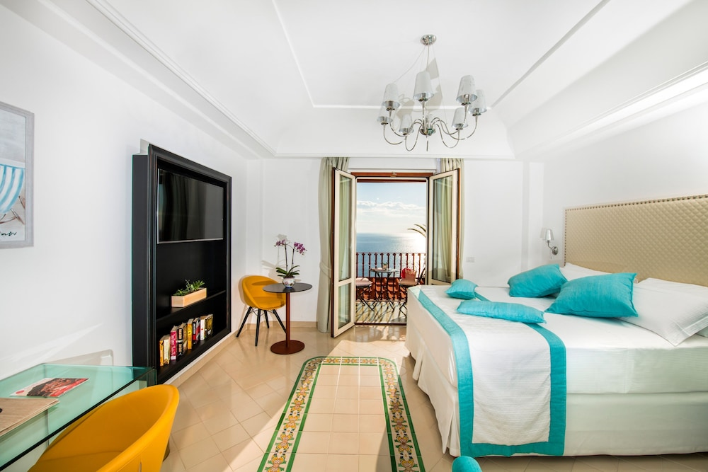 Hotel Eden Roc: 2019 Room Prices $587, Deals & Reviews | Expedia