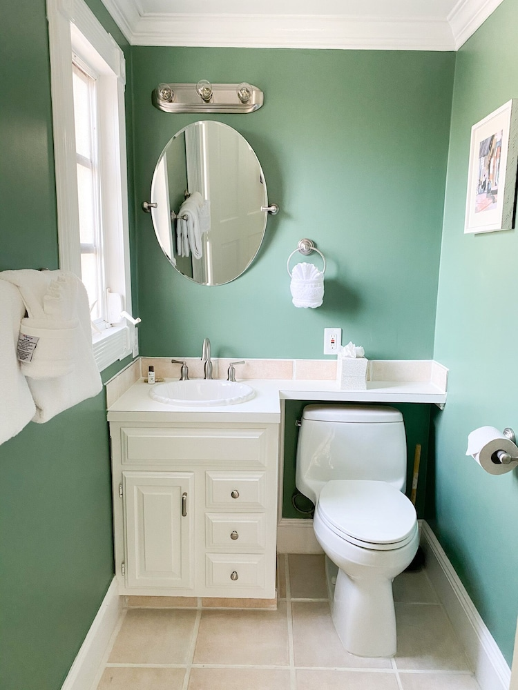 Bathroom, Authors of Key West Guest House