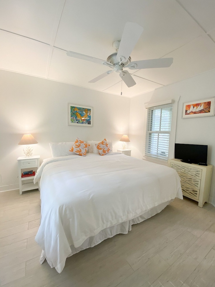 Room, Authors of Key West Guest House
