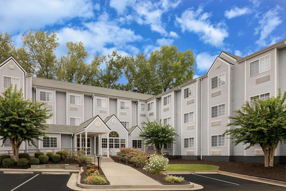 Featured Image, Microtel Inn & Suites by Wyndham Atlanta/Buckhead Area