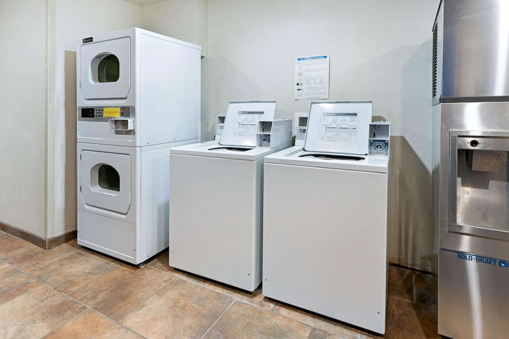 Laundry Room, La Quinta Inn by Wyndham Missoula