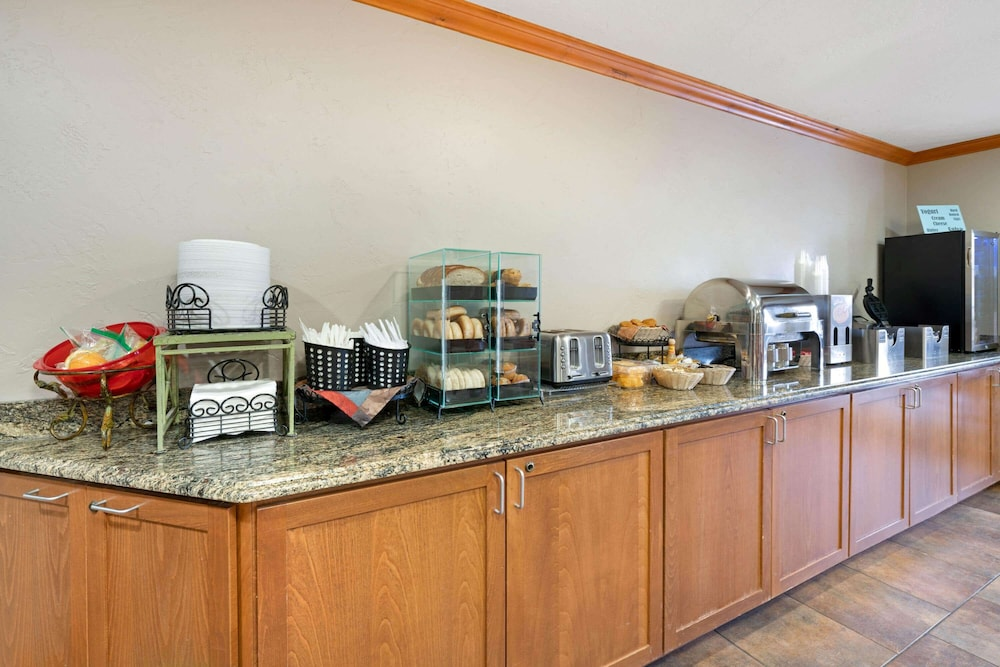 Coffee Service, La Quinta Inn by Wyndham Missoula