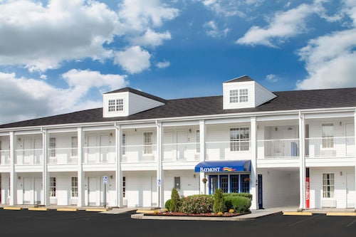 Check Expedia for Availability of Baymont by Wyndham Brunswick GA
