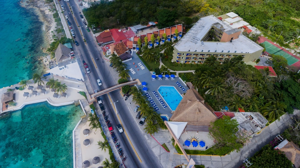 Hotel Cozumel And Resort It Guest Reviews