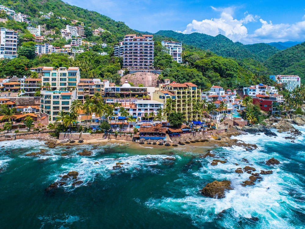 Hotel Playa Conchas Chinas 3 0 Out Of 5 Beach Ocean View Featured Image