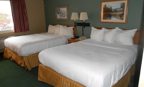 AmericInn Lodge & Suites Oscoda Near AuSable River