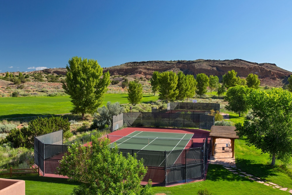 Tennis Court, Hyatt Regency Tamaya Resort & Spa