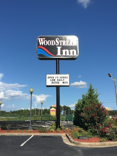 Great Place to stay Woodstream Inn near Hogansville