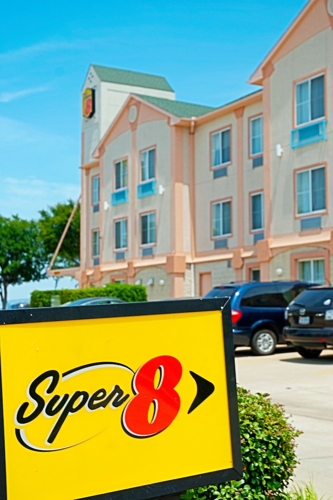 Front of Property, Super 8 by Wyndham Irving/DFW Apt/North